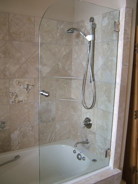 Pro Plumber Tips on Replacing a Water Heater